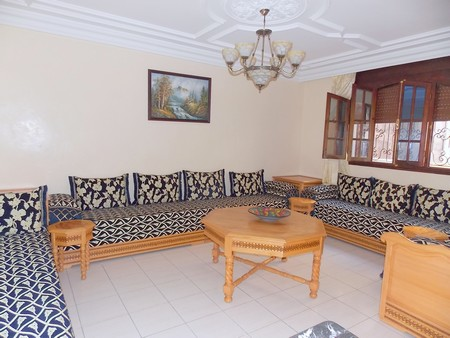 location niveau de villa meubl 130 m lot siesta. Black Bedroom Furniture Sets. Home Design Ideas